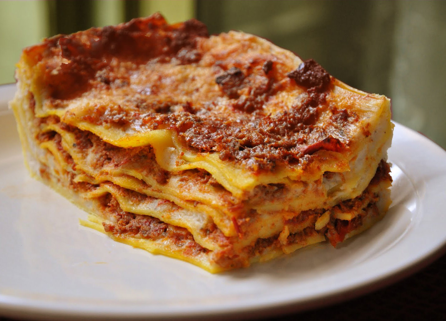 italian meat lasagna recipe how to cook it alla bolognese ville in blog. Black Bedroom Furniture Sets. Home Design Ideas