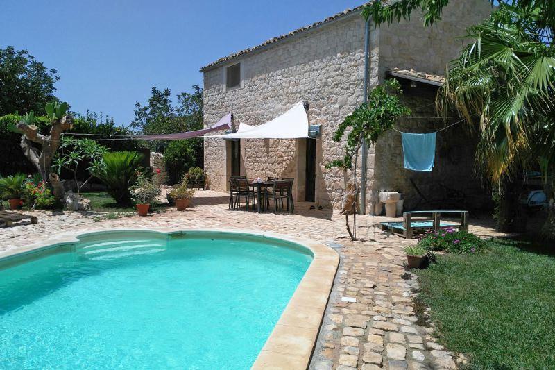 Villa Rentals in Scicli : Sicily - Italy: Casa Arizza