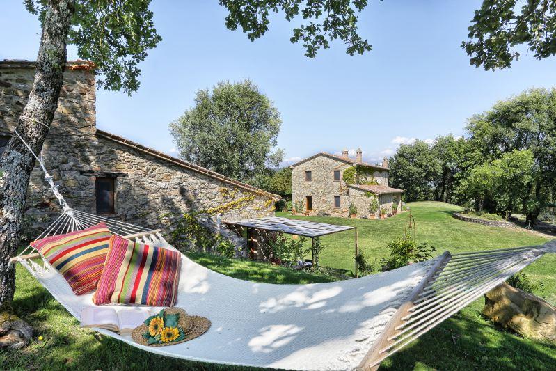 Villa Rentals in Umbertide : Umbria - Italy: Dimora il Riccio