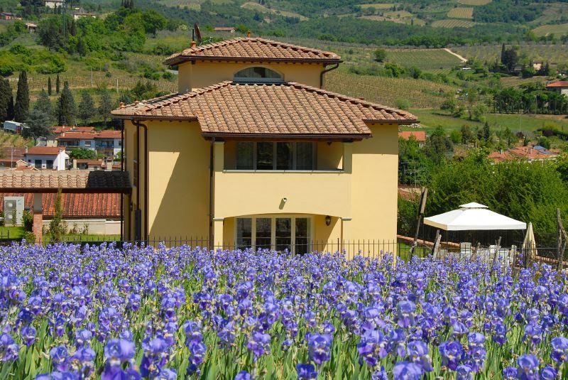 Villa Rentals in Greve in Chianti: Florence & Tuscany - Italy: Le Case di Greve