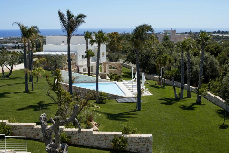 Villa Rentals in Polignano a Mare: Apulia - Italy: Quercia e Ciliegio