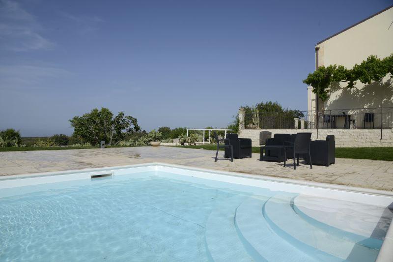 Villa Rentals in Scicli : Sicily - Italy: Villa Iblea