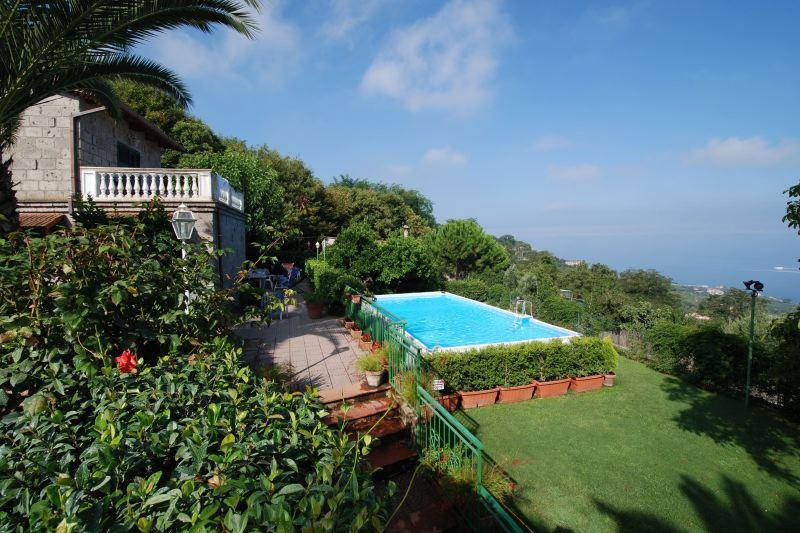 Villa Rentals in Sorrento: Sorrento Coast - Italy: Villa Luisa