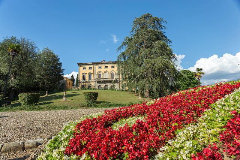 Villa Rentals in Castelnuovo Berardenga: Florence & Tuscany - Italy: Villa di Monaciano